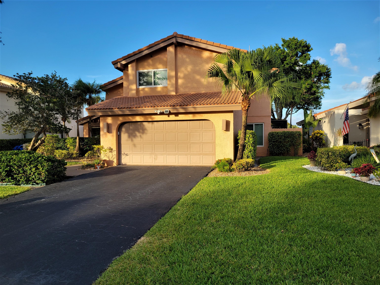 5585 Lakeview Mews Drive  Boynton Beach FL 33437