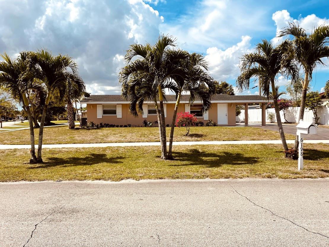 6198  Fair Green Road  For Sale 10719669, FL
