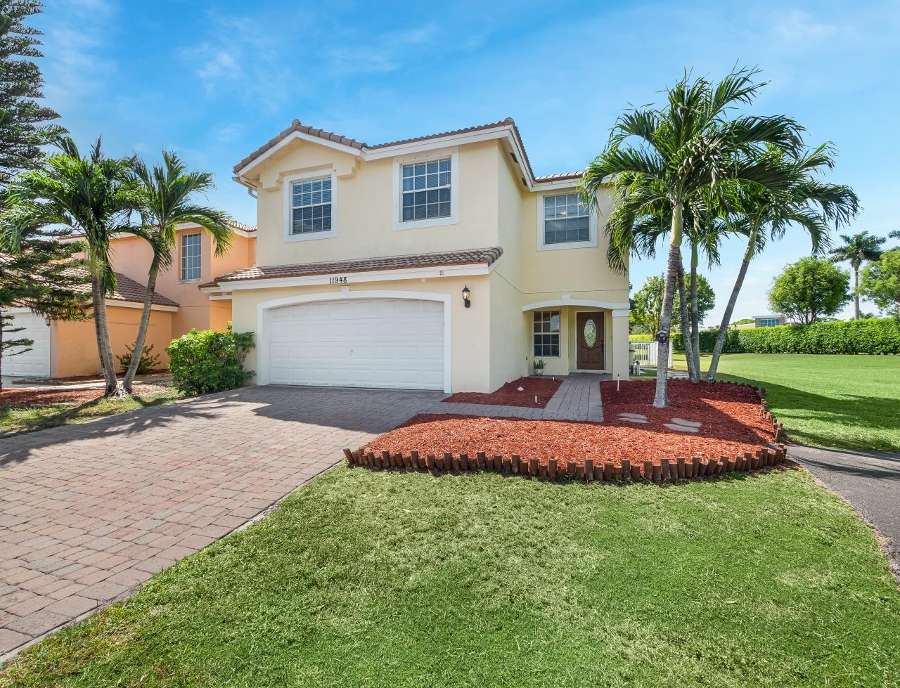 11948  Donlin Drive  For Sale 10720106, FL