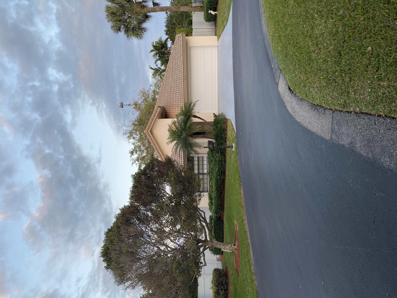 223 Disc Dr Boynton Beach, FL 33436