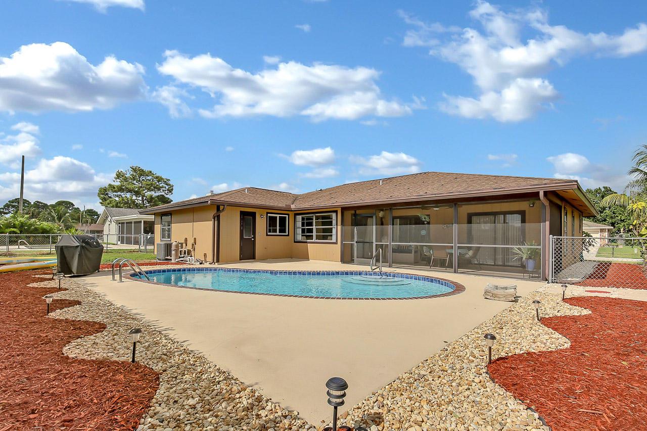Home for sale in Lone Pine Estates Riviera Beach Florida