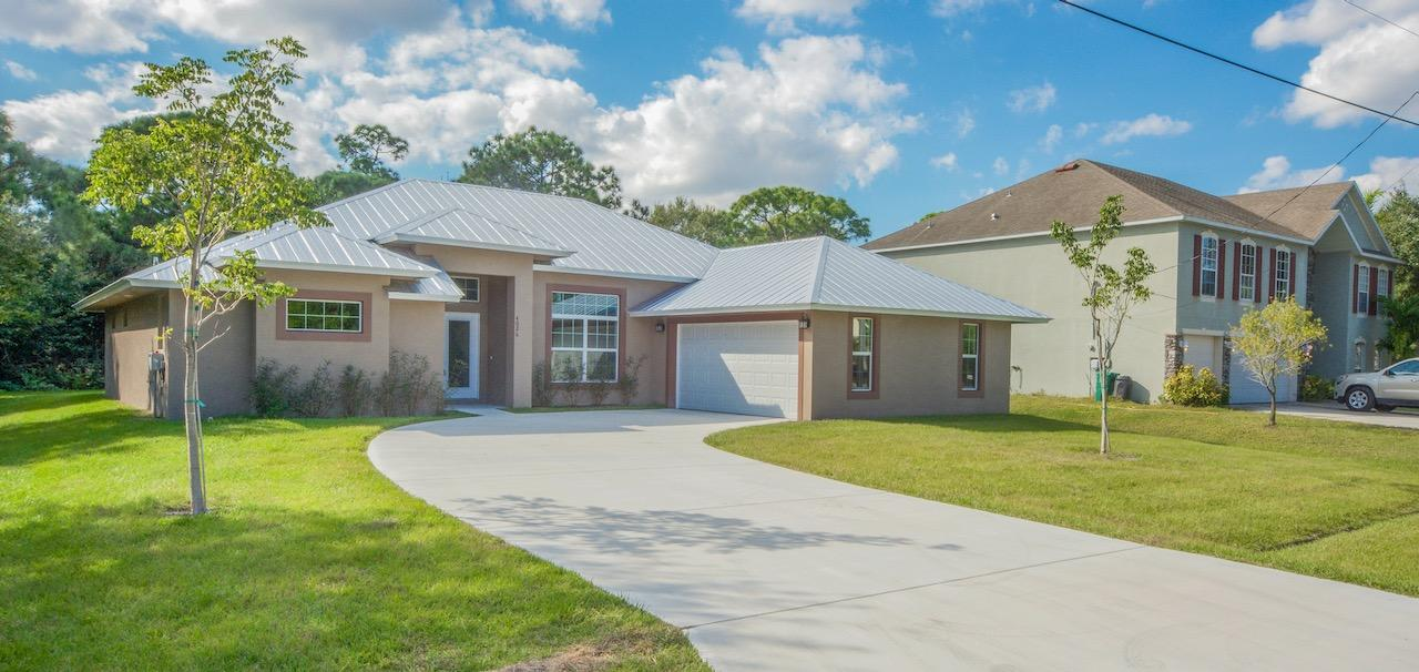 Listing photo id 4 for 3898 Chaffin Street Sw