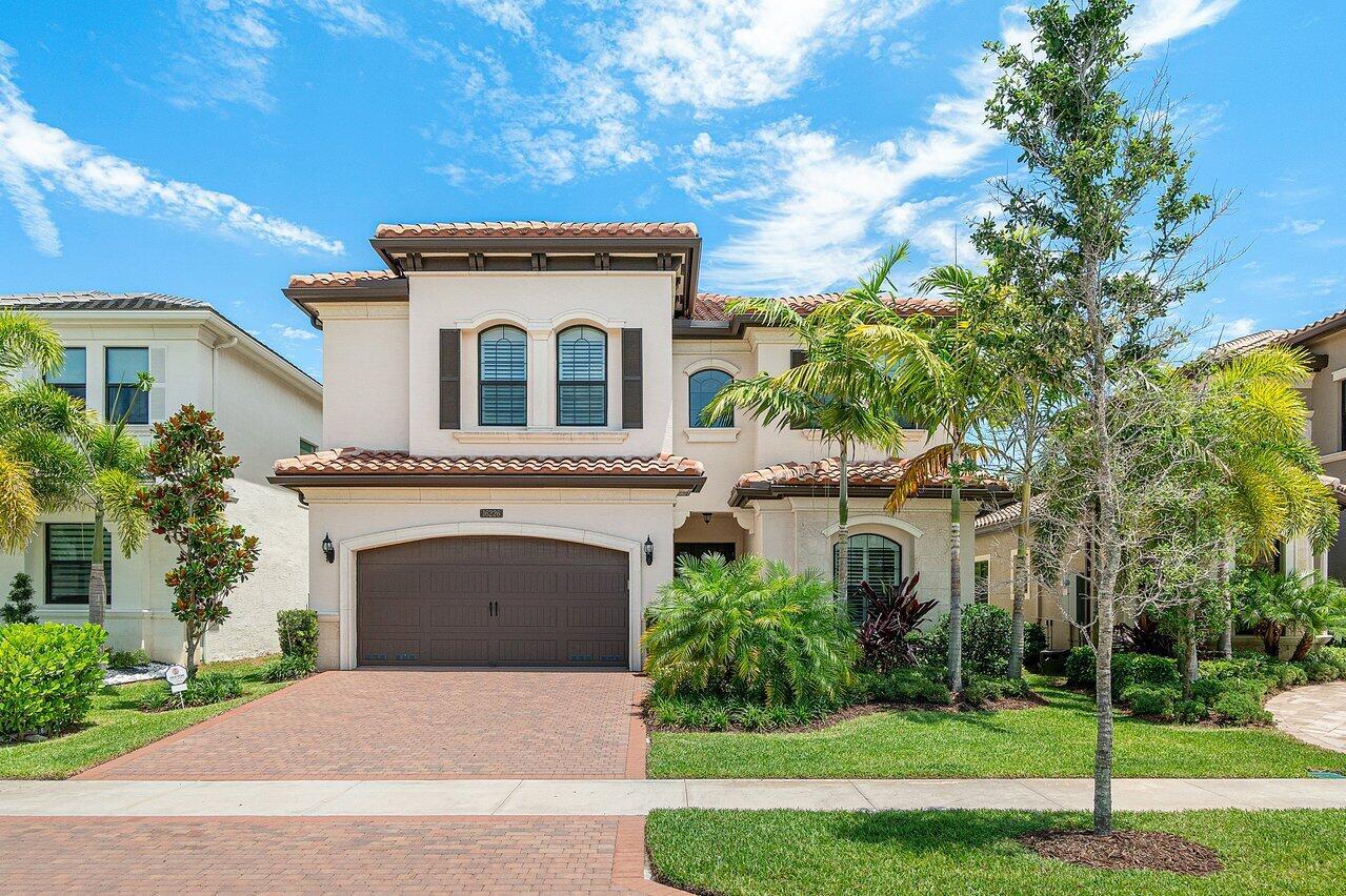 16226  Cabernet Drive  For Sale 10719866, FL