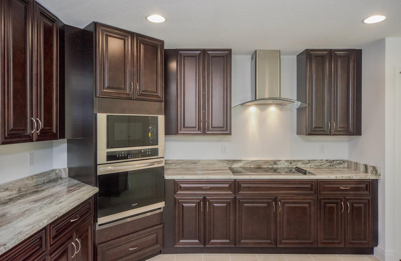 Listing photo id 19 for 2219 Salmon Road Sw