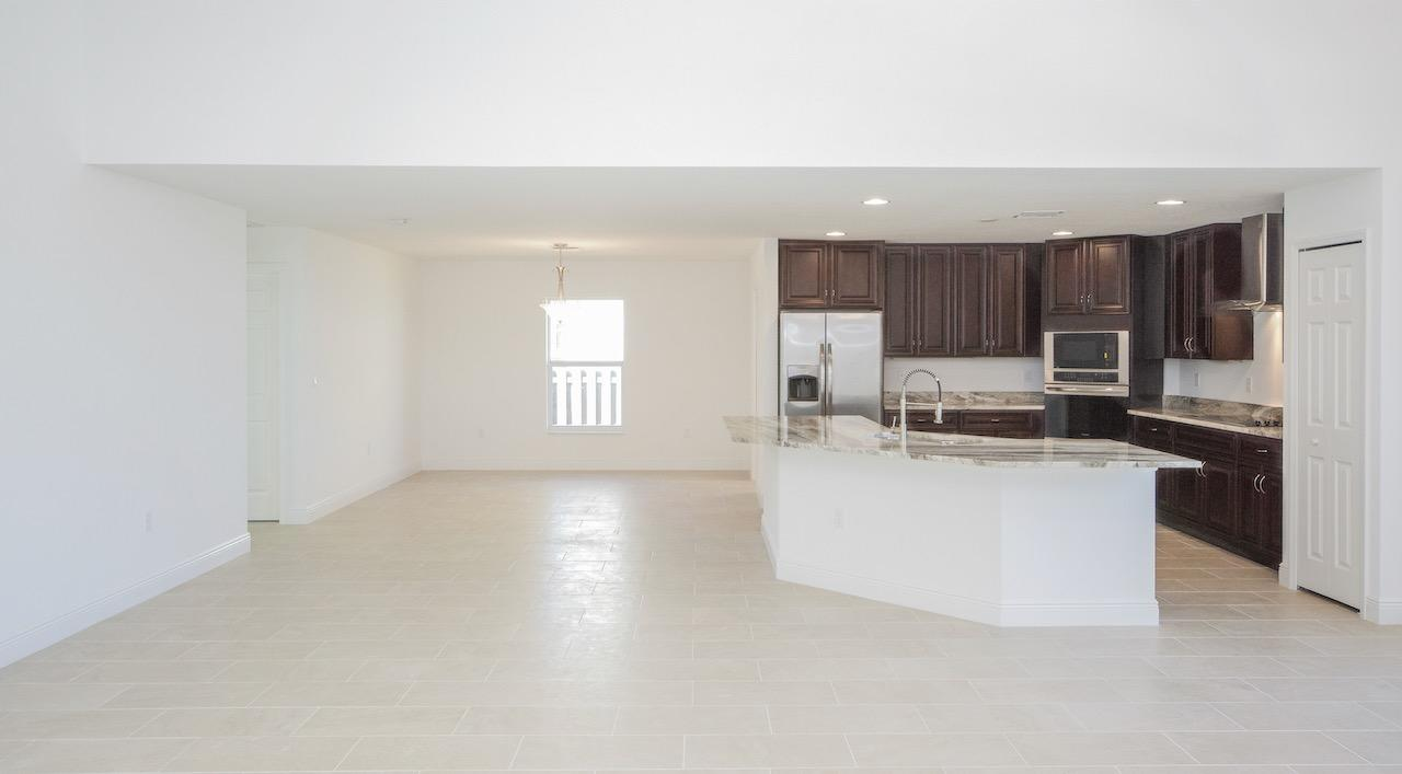 Listing photo id 44 for 2219 Salmon Road Sw