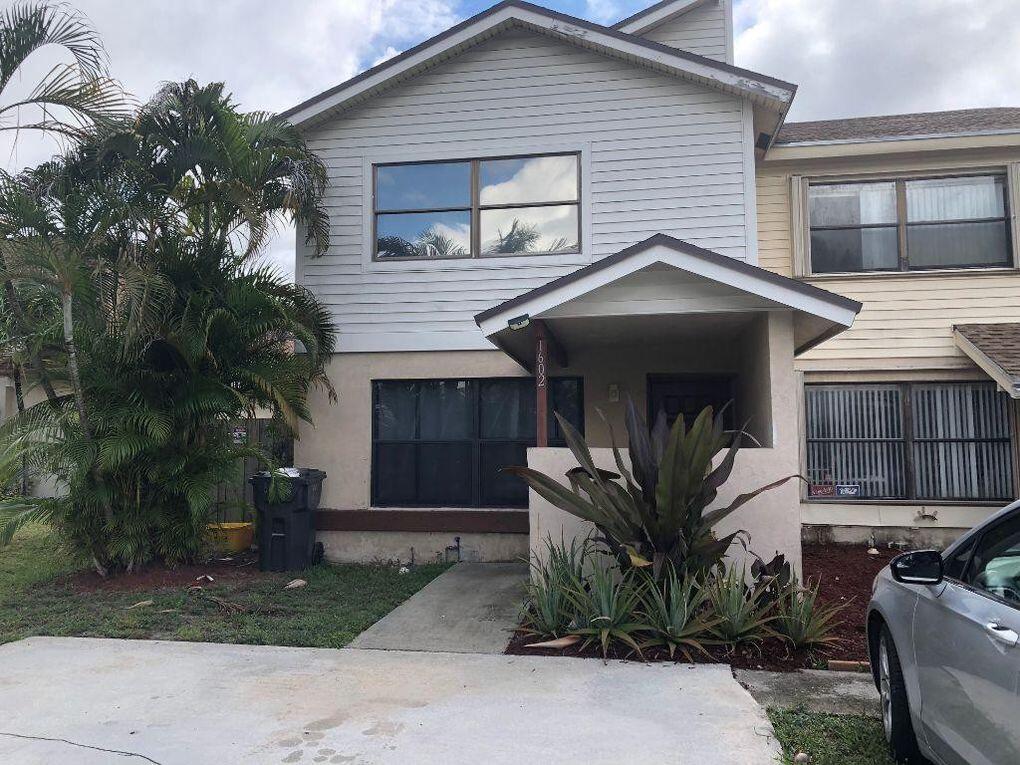 1602  Montauk Drive  For Sale 10720437, FL