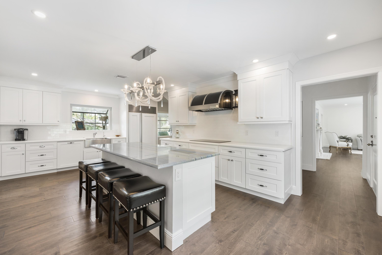 1500 N Swinton Avenue  For Sale 10720235, FL