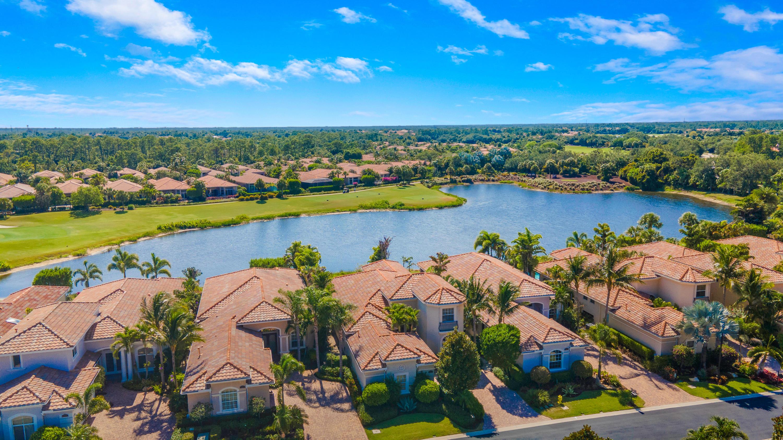121 Bianca Drive Palm Beach Gardens, FL 33418