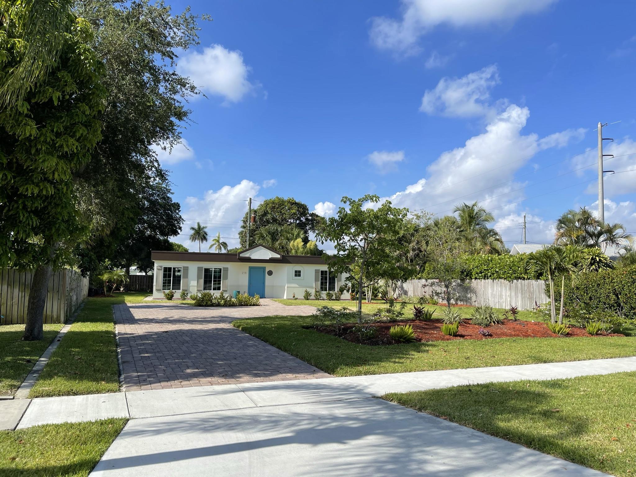 Photo of 218 Hawthorne Drive, Lake Park, FL 33403