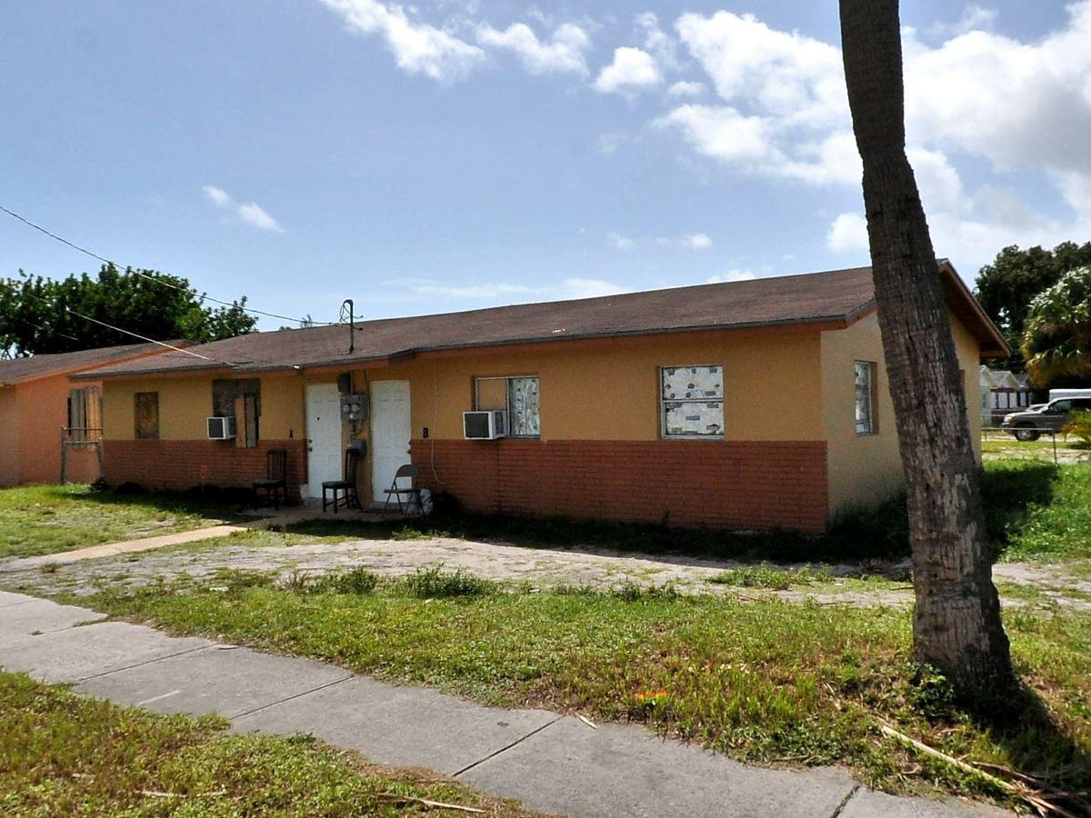Details for 1513 Ave O  Units A &, Fort Pierce, FL 34950