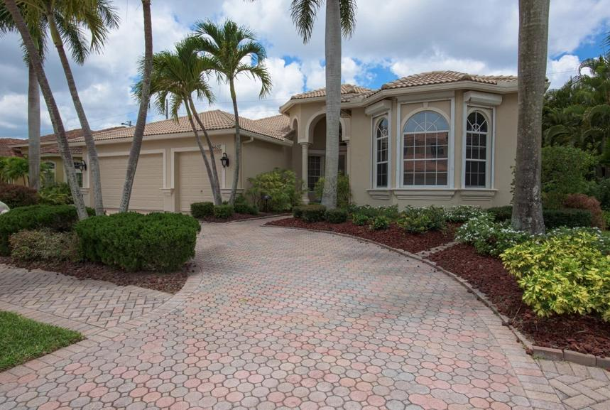 6627  Cobia Circle  For Sale 10720249, FL