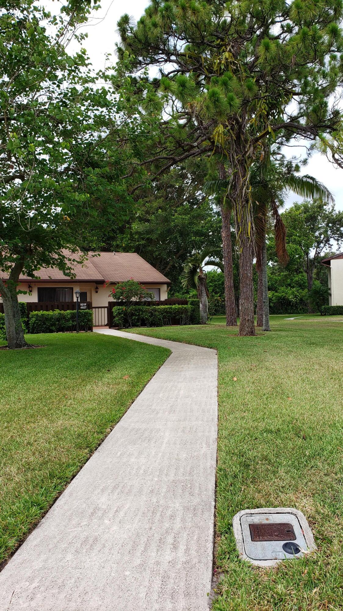 4927  Sable Pine Circle F For Sale 10720268, FL