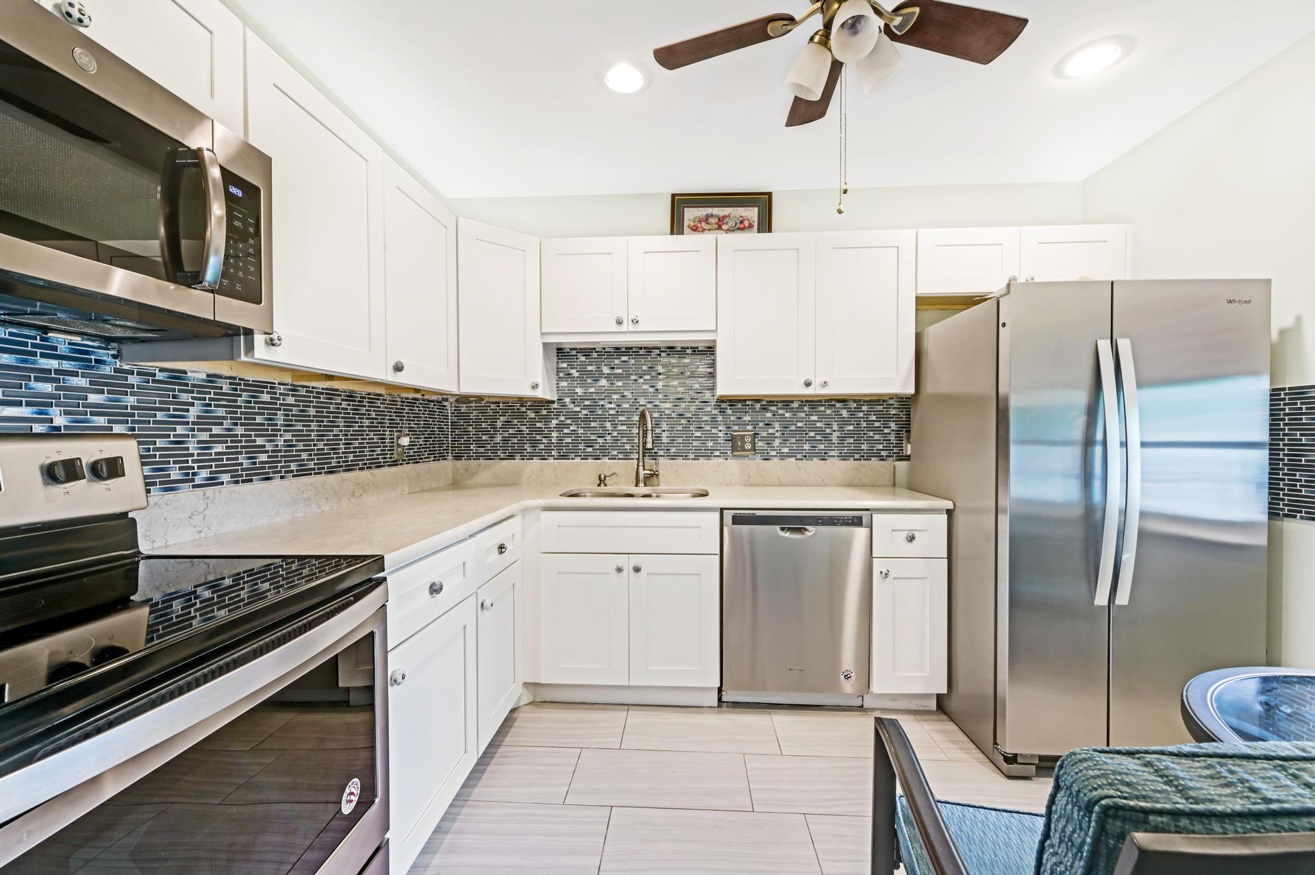 150 Lake Meryl Drive 248 West Palm Beach, FL 33411 photo 6