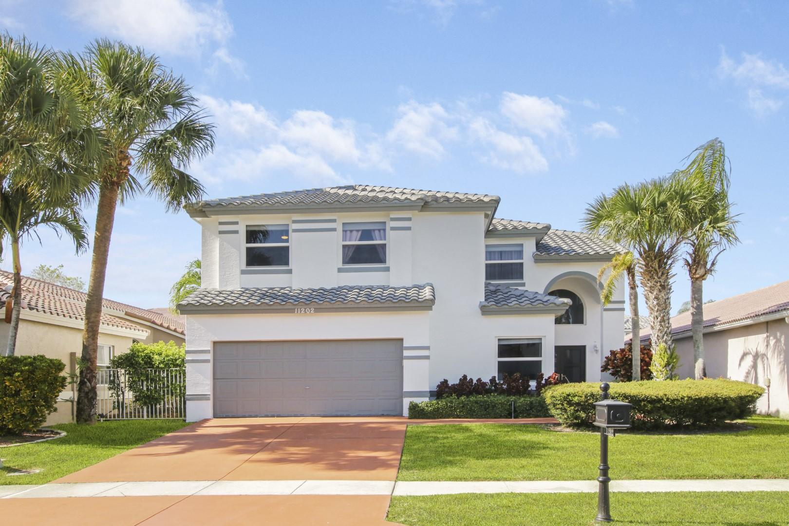 11202  Harbour Springs Circle  For Sale 10720388, FL