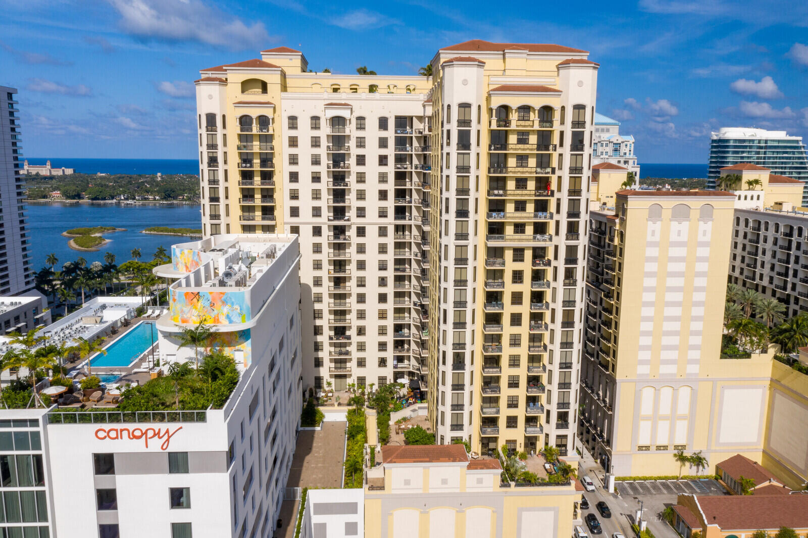 701 S Olive Avenue 1525 For Sale 10720583, FL