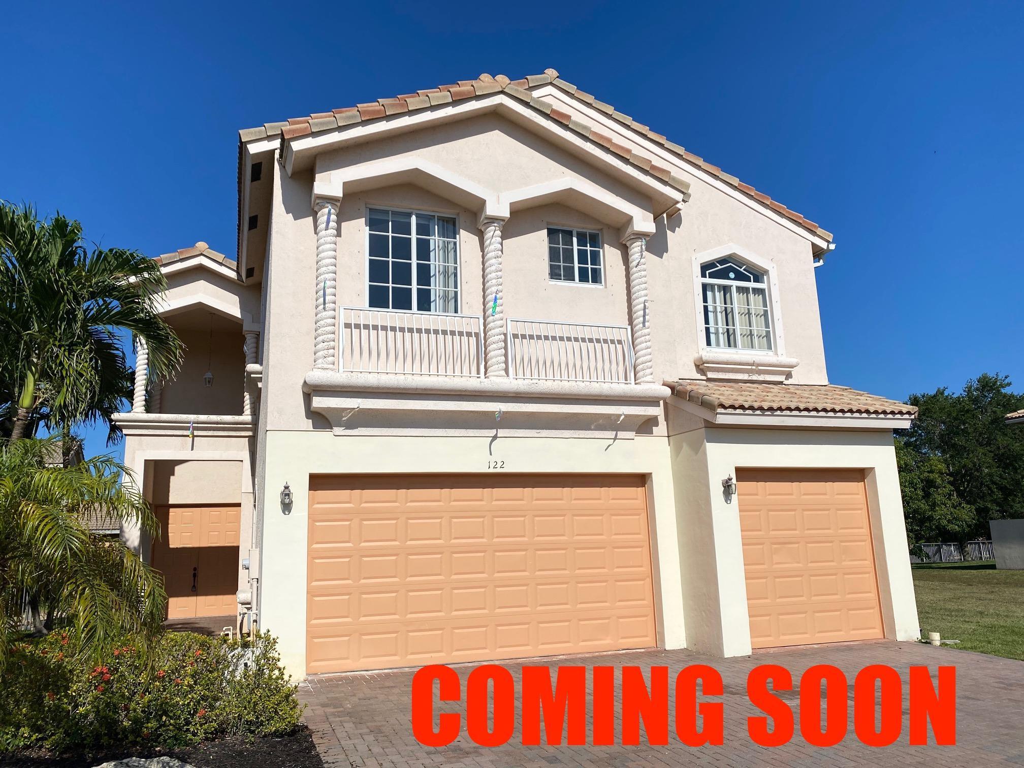122 Sarona Circle Royal Palm Beach, FL 33411