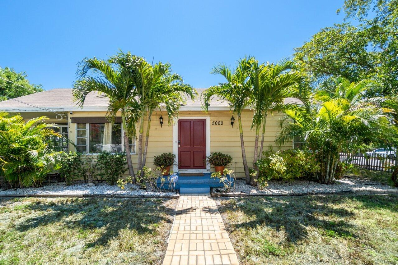 5000  Spruce Avenue  For Sale 10721448, FL