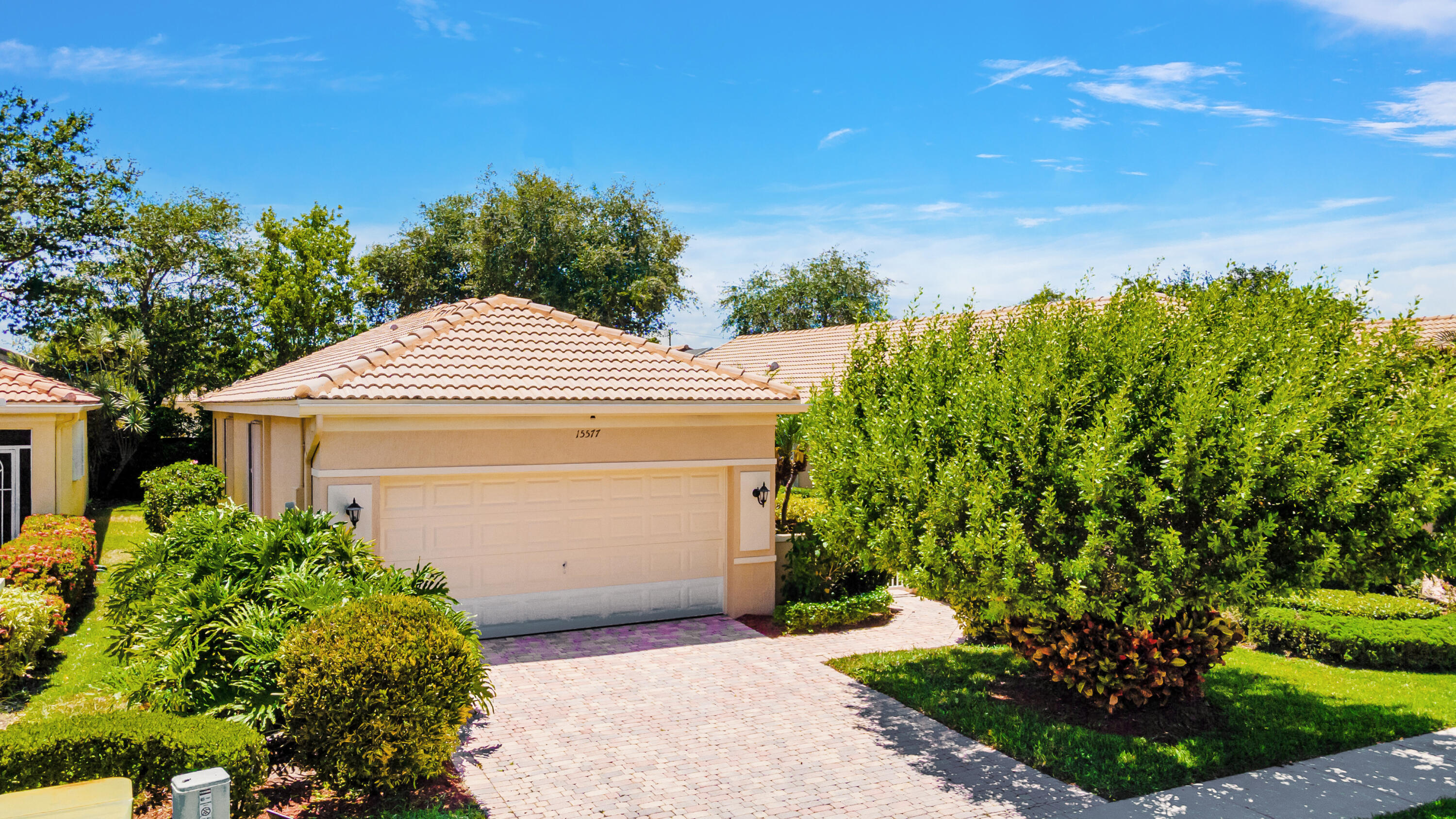 15577  Canabria Lane  For Sale 10720712, FL