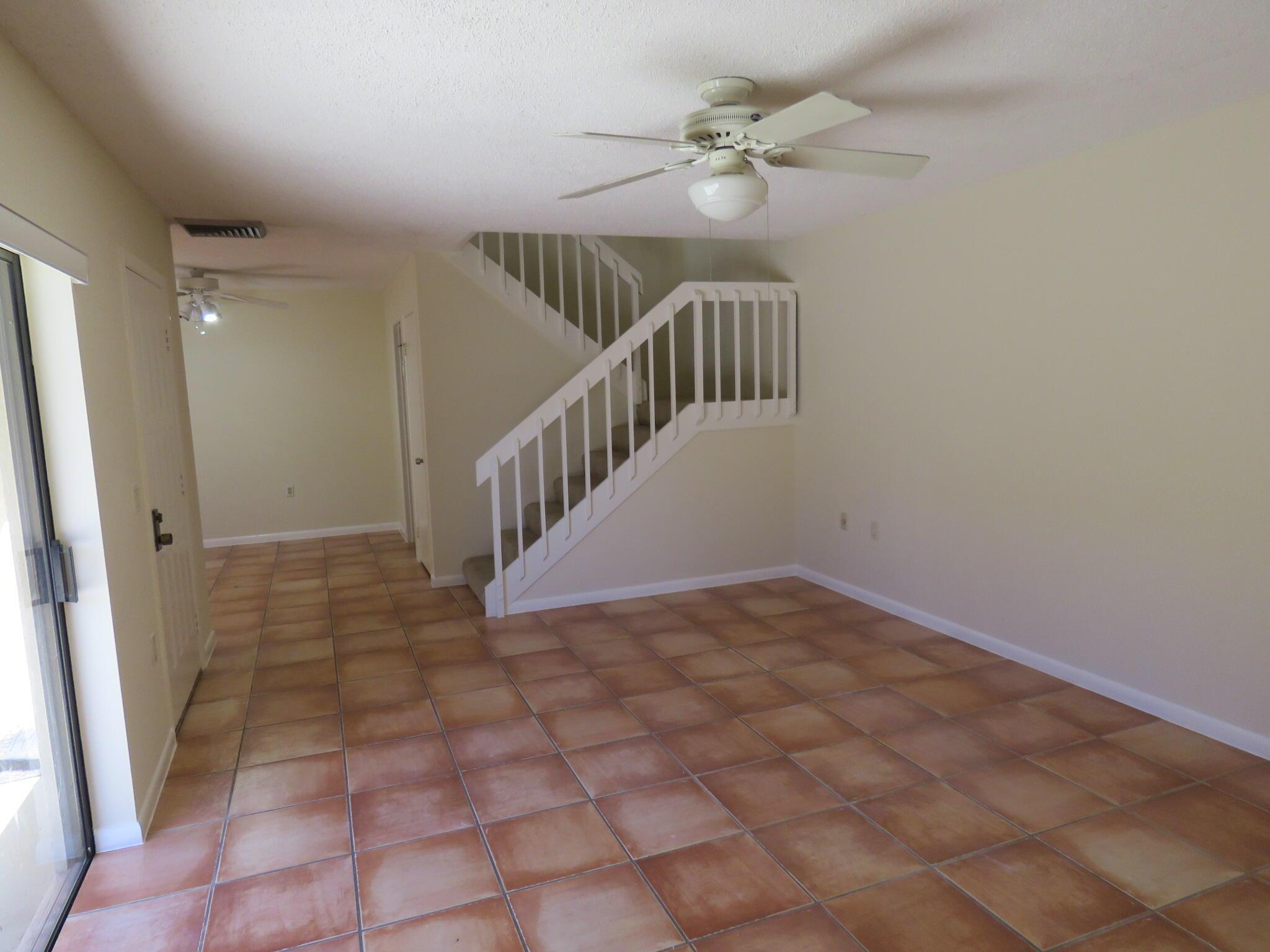 819 8th Terrace Palm Beach Gardens, FL 33418 photo 9