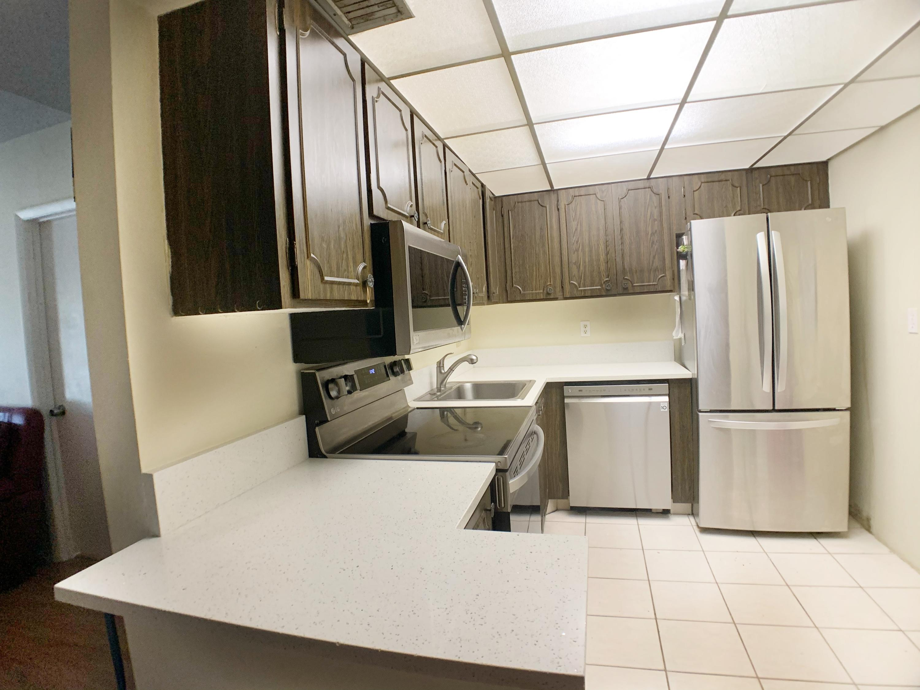 450 NW 20th Street 3030 For Sale 10720577, FL