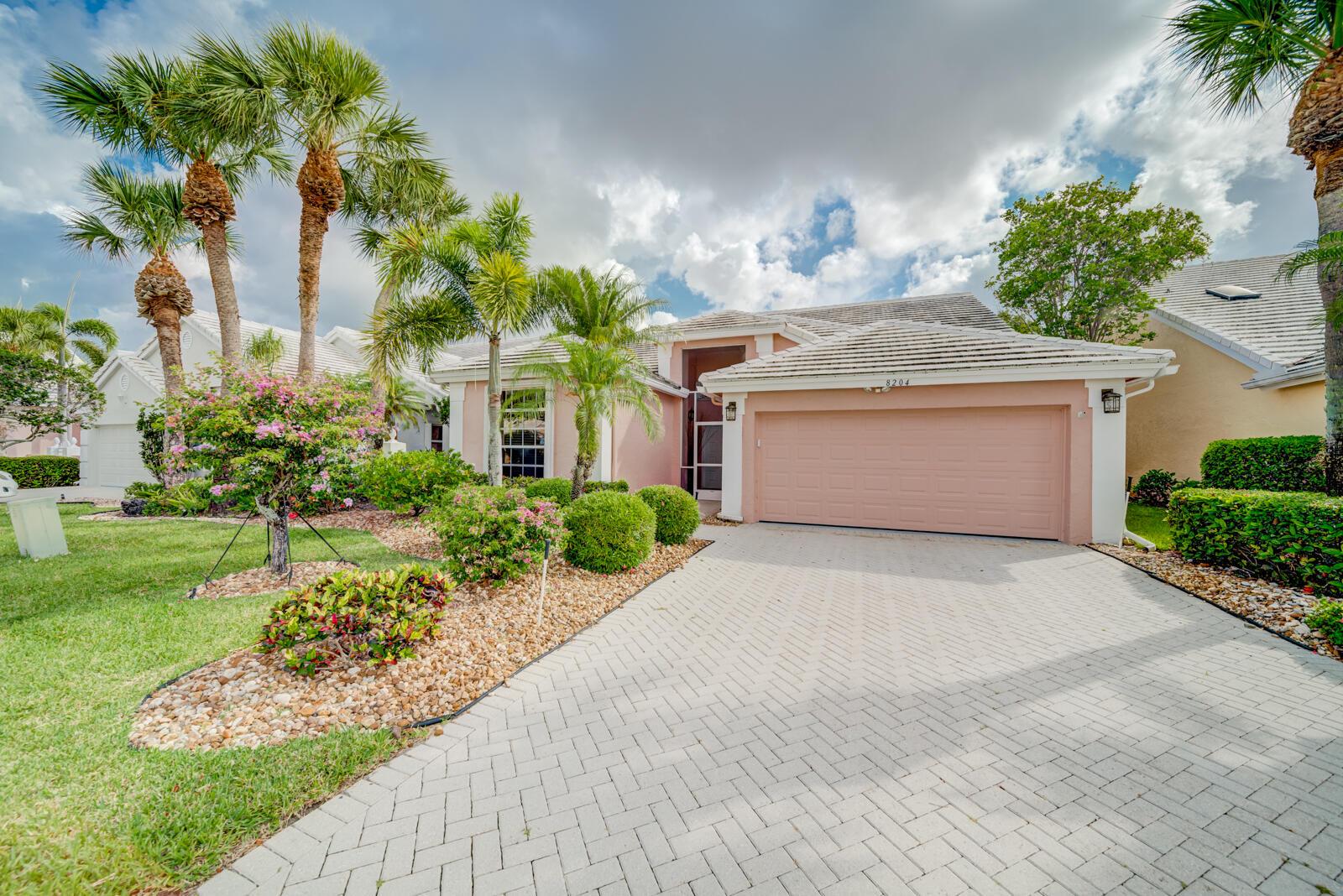 8204  Horseshoe Bay Road  For Sale 10721189, FL