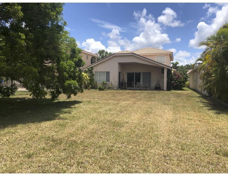141 Bellezza Terrace Royal Palm Beach, FL 33411 photo 17