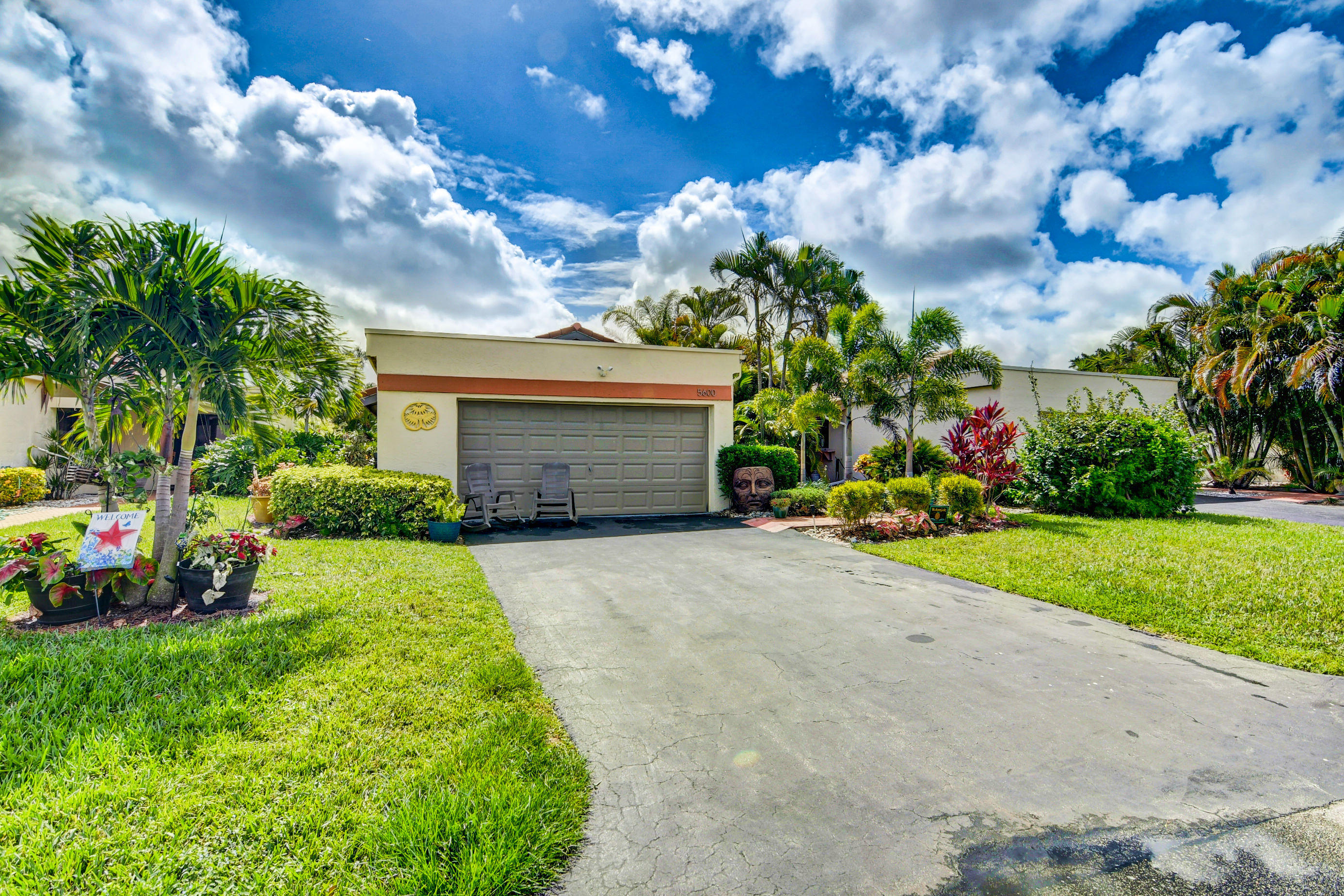 5600  Piping Rock Drive  For Sale 10721127, FL