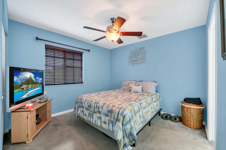 963 Lucaya Drive 2902 Riviera Beach, FL 33404 photo 15