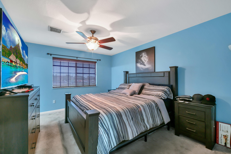 963 Lucaya Drive 2902 Riviera Beach, FL 33404 photo 9
