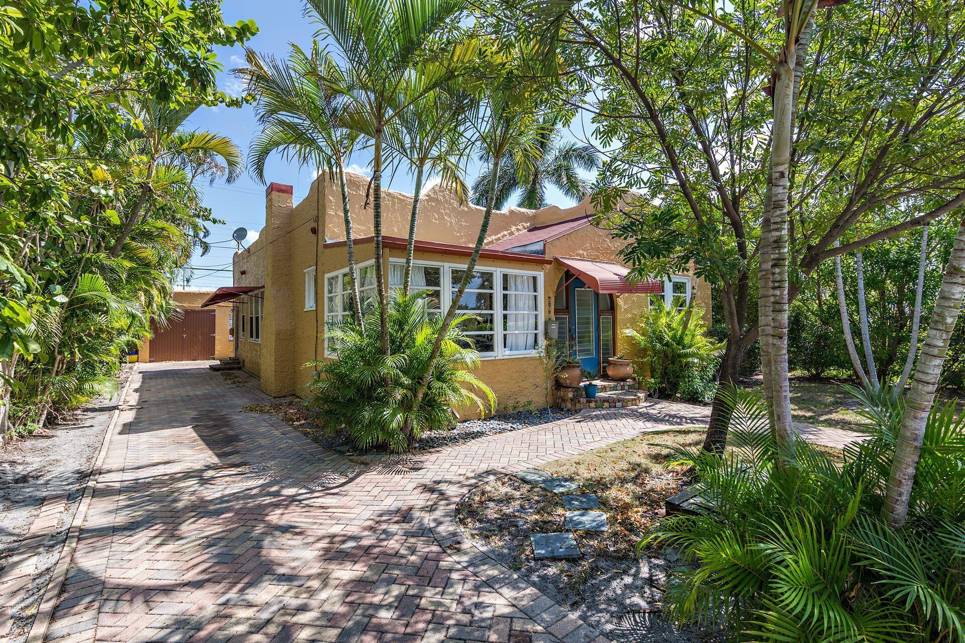 321  Malverne Road  For Sale 10721236, FL