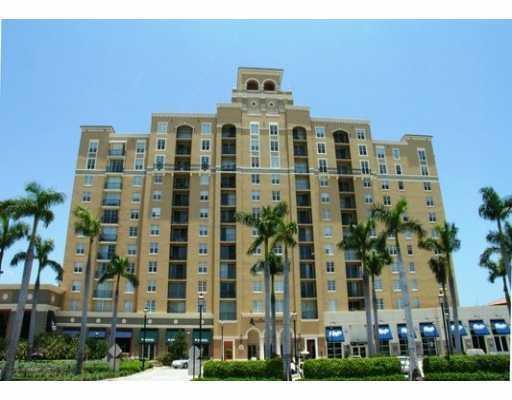 651  Okeechobee Boulevard 201 For Sale 10721187, FL
