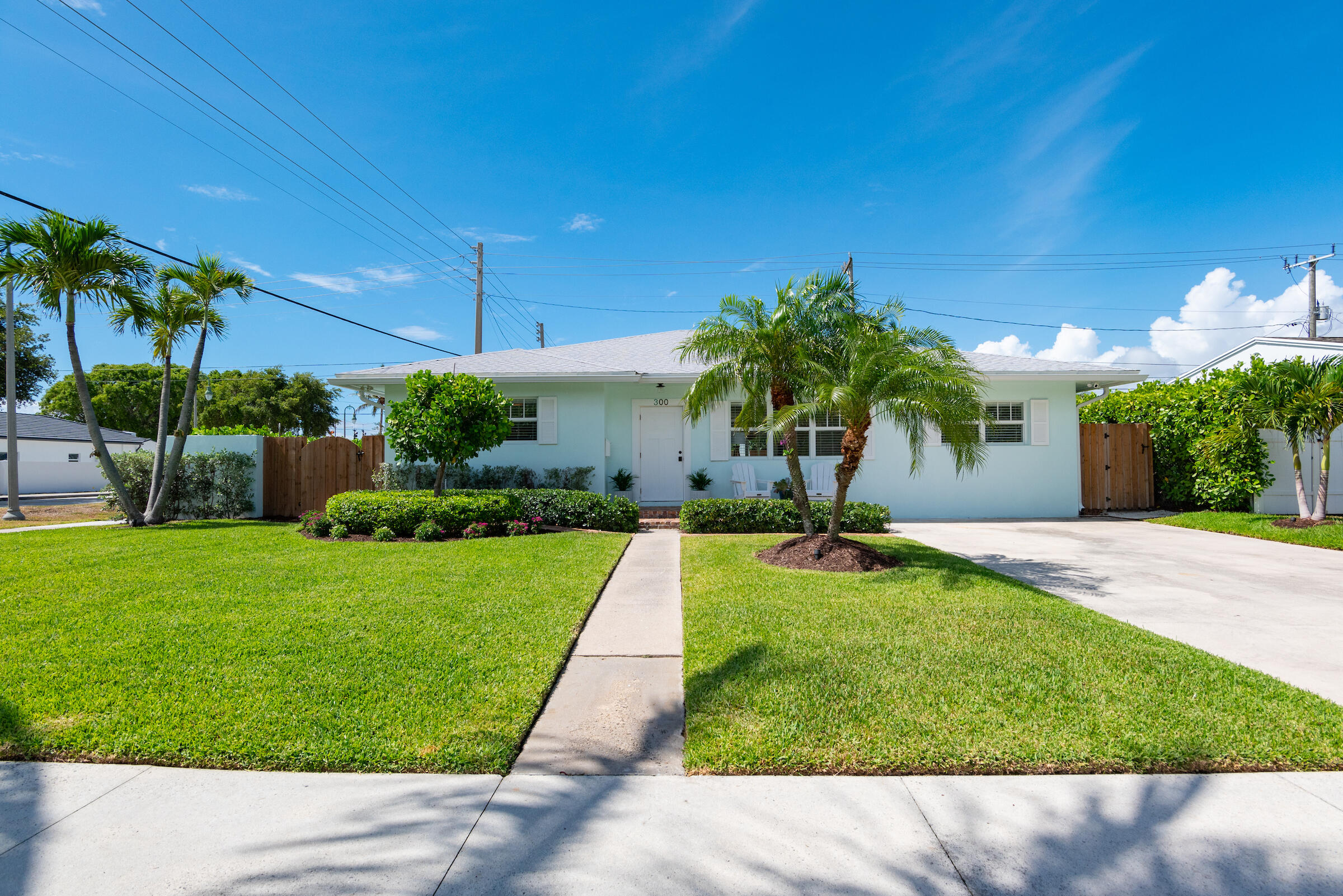 300  Lytle Street  For Sale 10721270, FL