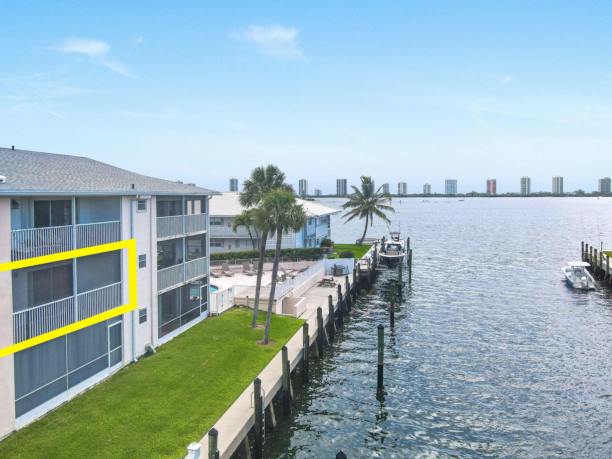 120  Lehane Terrace 202 For Sale 10721309, FL