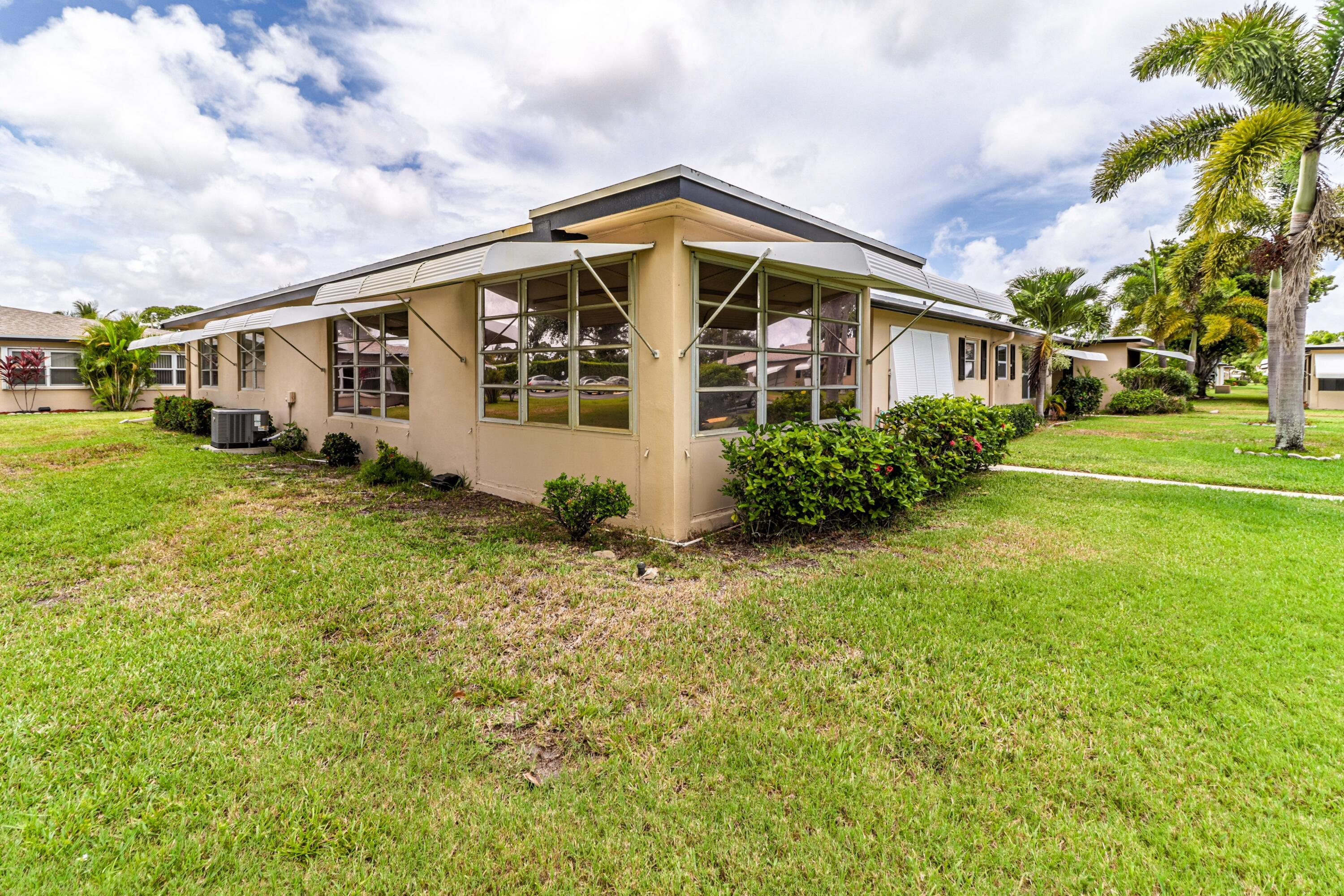 865 N North Drive A For Sale 10721173, FL