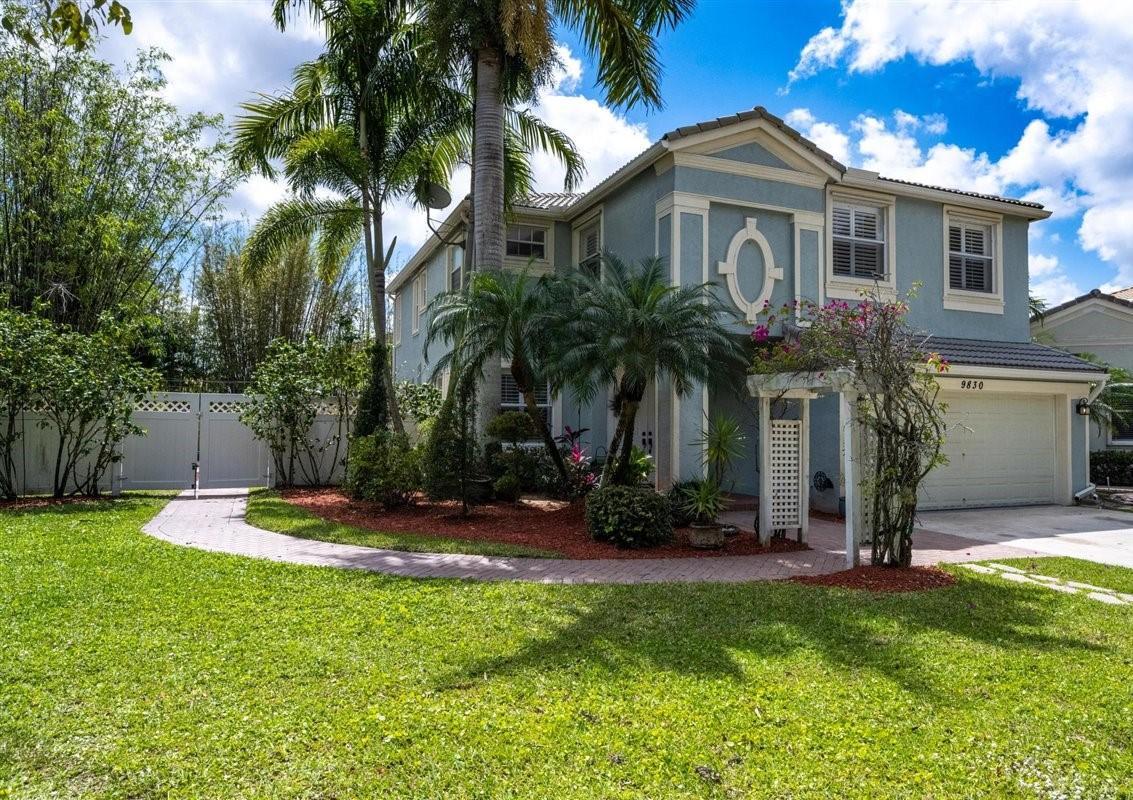 9830  Warner Lane  For Sale 10721366, FL