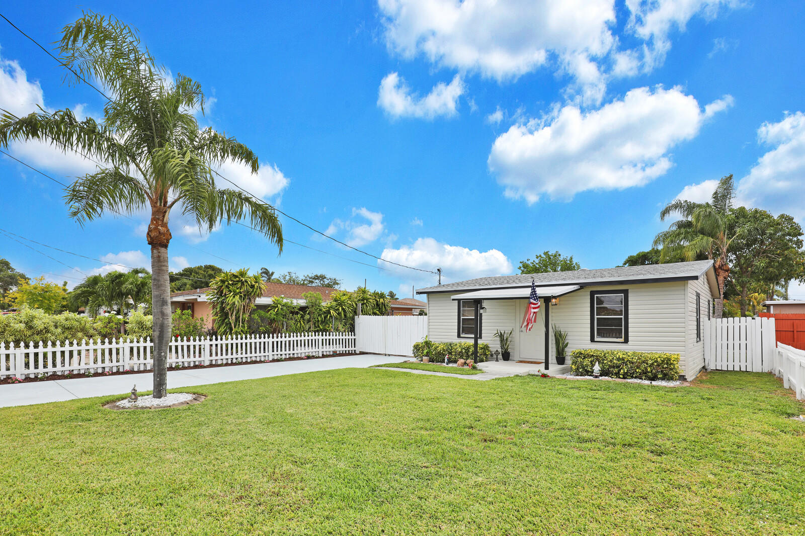 2683  Florida Street  For Sale 10721361, FL
