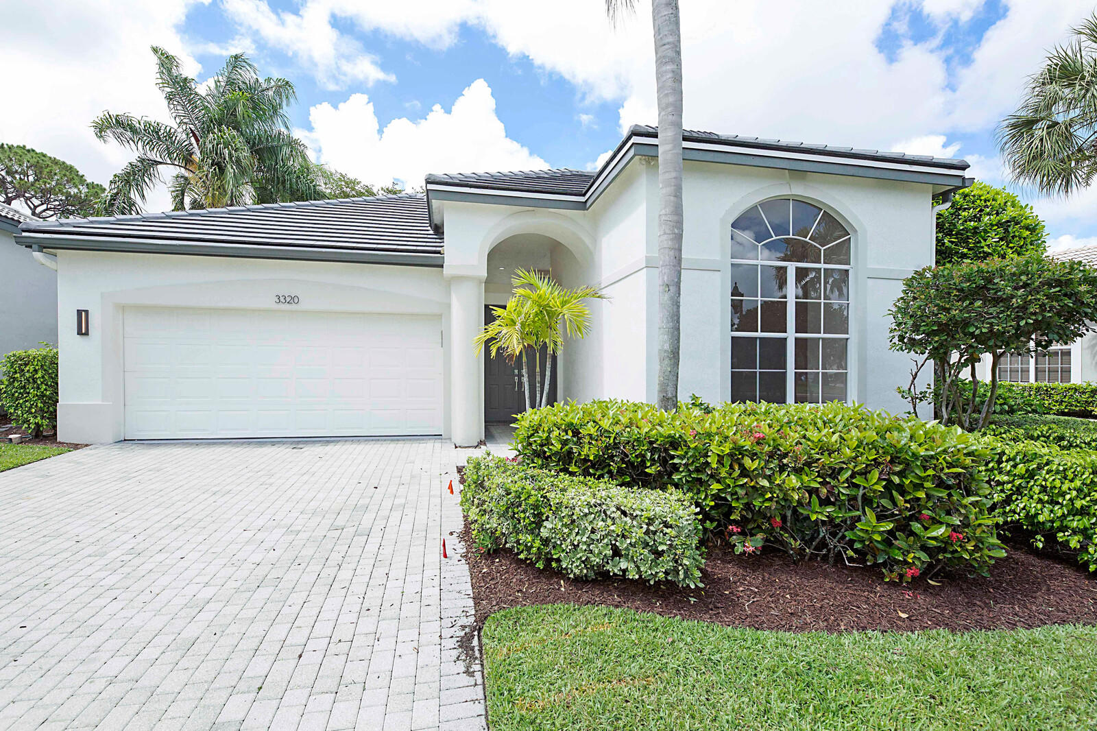 3320 NW 53rd Circle  For Sale 10721511, FL