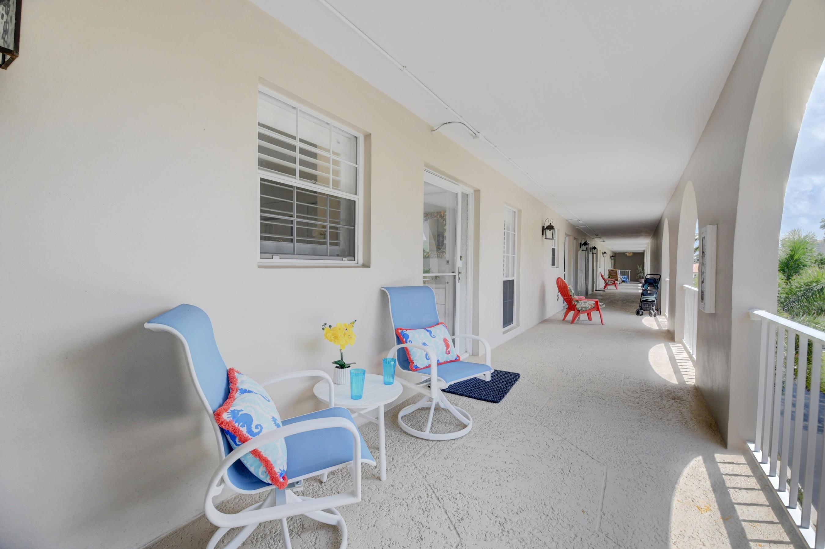 775 Jeffery Street 302 Boca Raton, FL 33487 photo 4