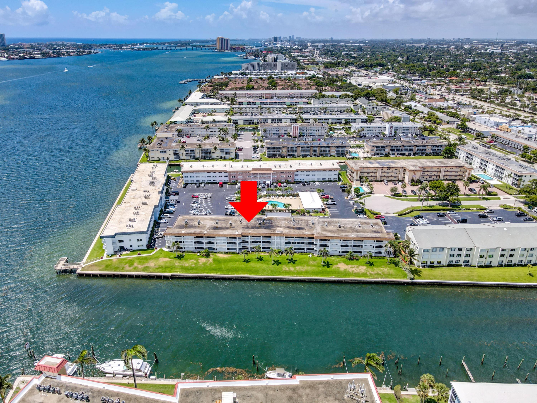 Details for 111 Shore Court 110-c, North Palm Beach, FL 33408