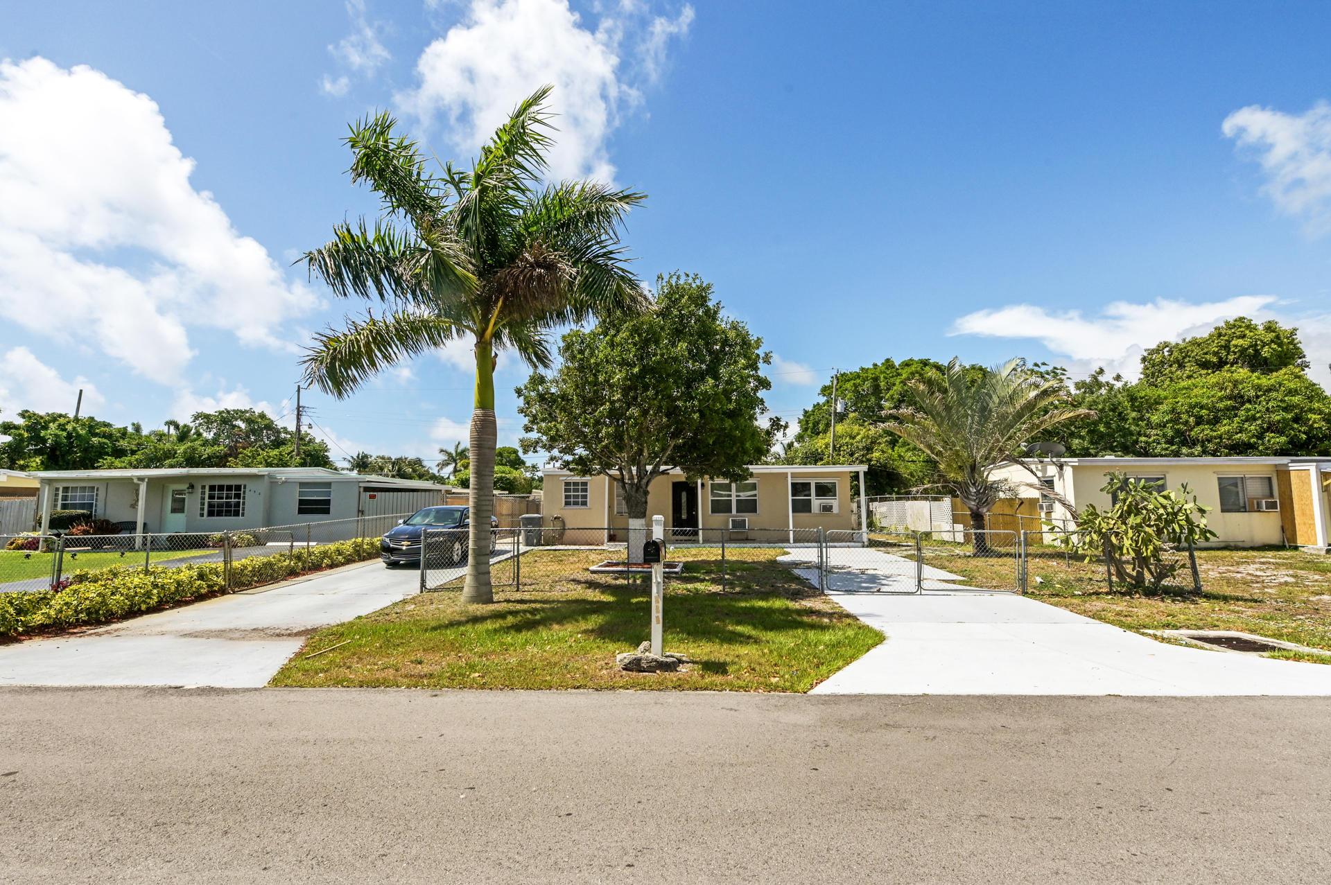 Home for sale in San Castle Lantana Florida