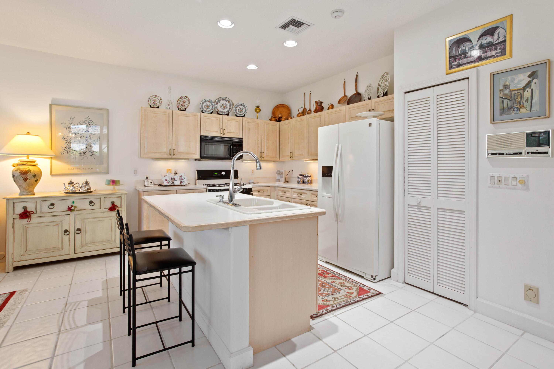 904 Augusta Pointe Drive Palm Beach Gardens, FL 33418 photo 9