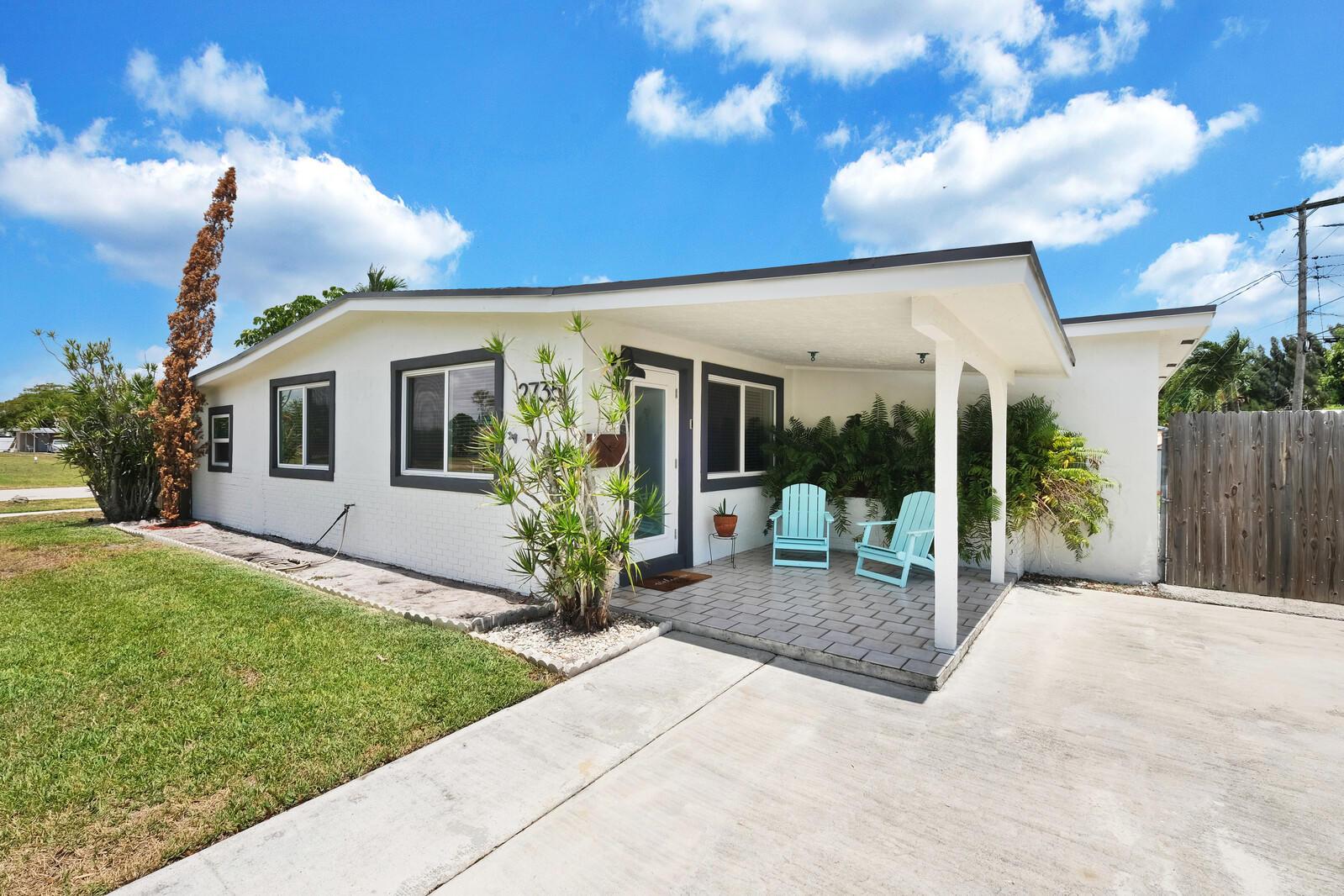 2735  Acklins Road  For Sale 10721886, FL