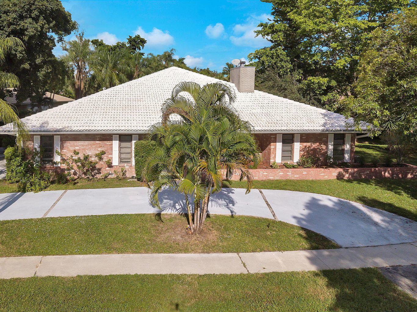 Photo of 6679 N Grande Drive, Boca Raton, FL 33433
