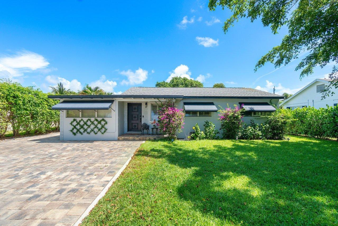 227 NE 15 Street  For Sale 10721645, FL