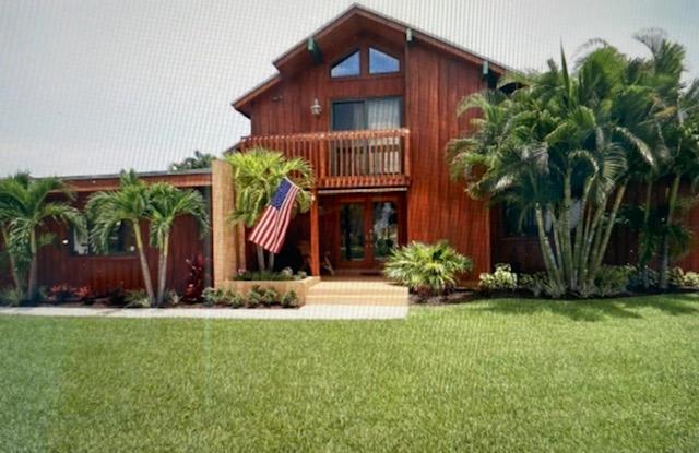 994 S Patrick Circle  For Sale 10721646, FL