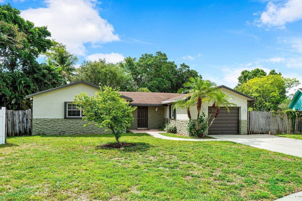 9020 SW 4th Street Boca Raton, FL 33433