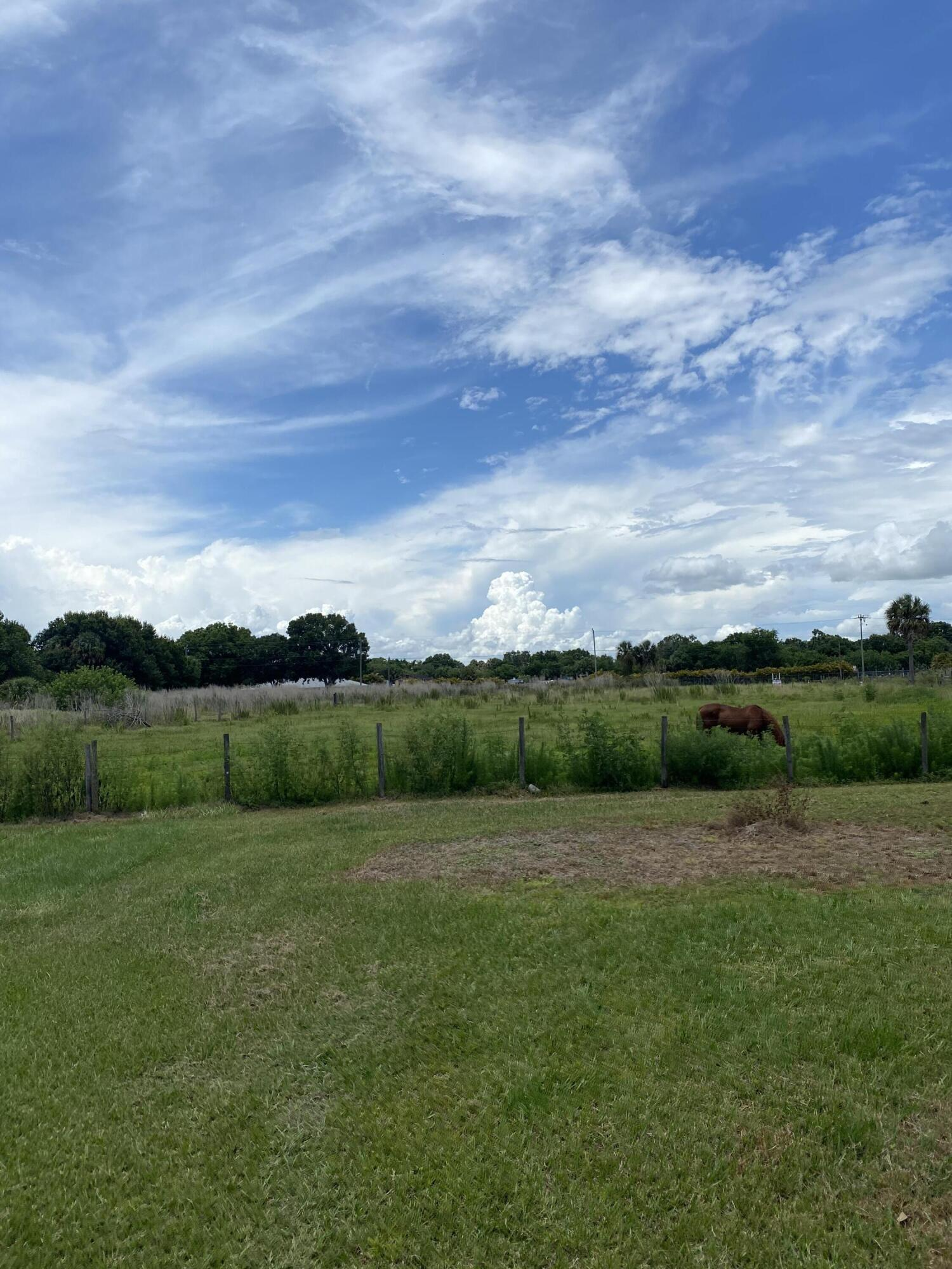 Home for sale in PLAYLAND PARK ACRES 30 Okeechobee Florida