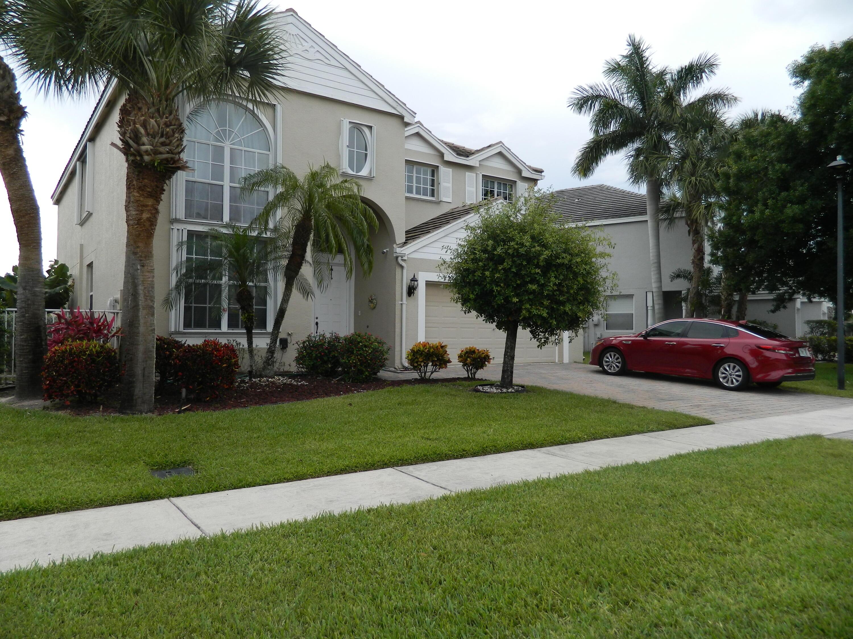 155 Kensington Way Royal Palm Beach, FL 33414