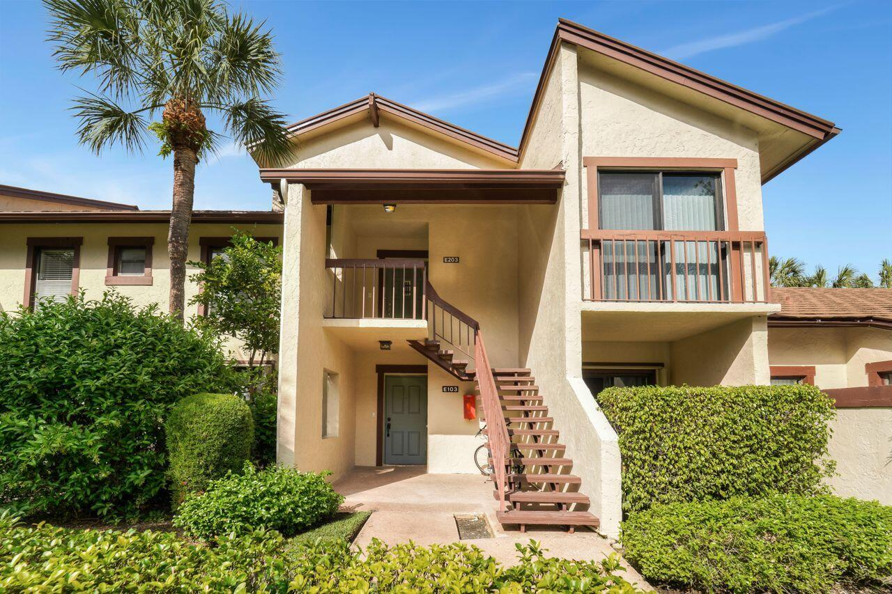 11397  Pond View Drive E103 For Sale 10721814, FL