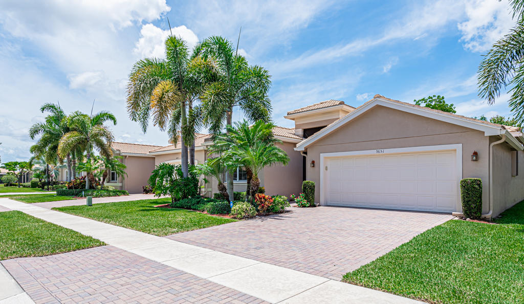 9651 Hunterston Drive Boynton Beach, FL 33473 photo 40